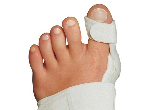 Лангетка на палец ноги при переломе
