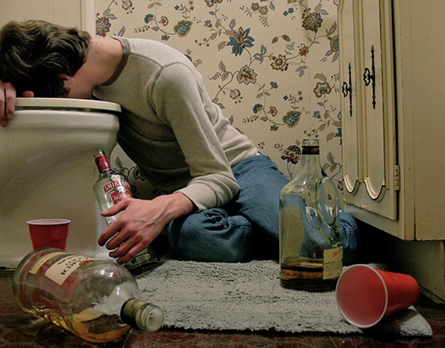Отравление алкоголем лечение в домашних условиях