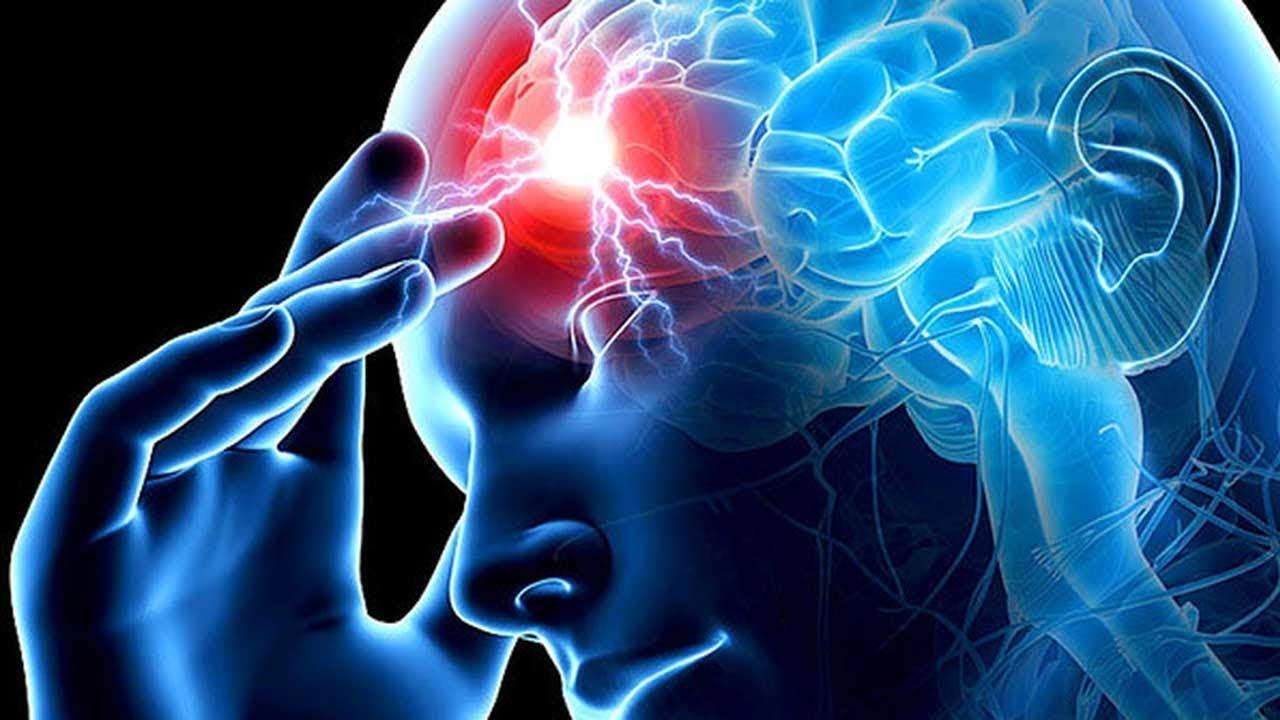 Признаки геморрагического инсульта у женщины